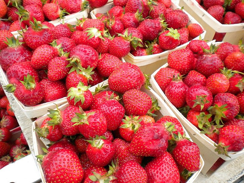 Strawberries-East-Liberty-Farmers-Market