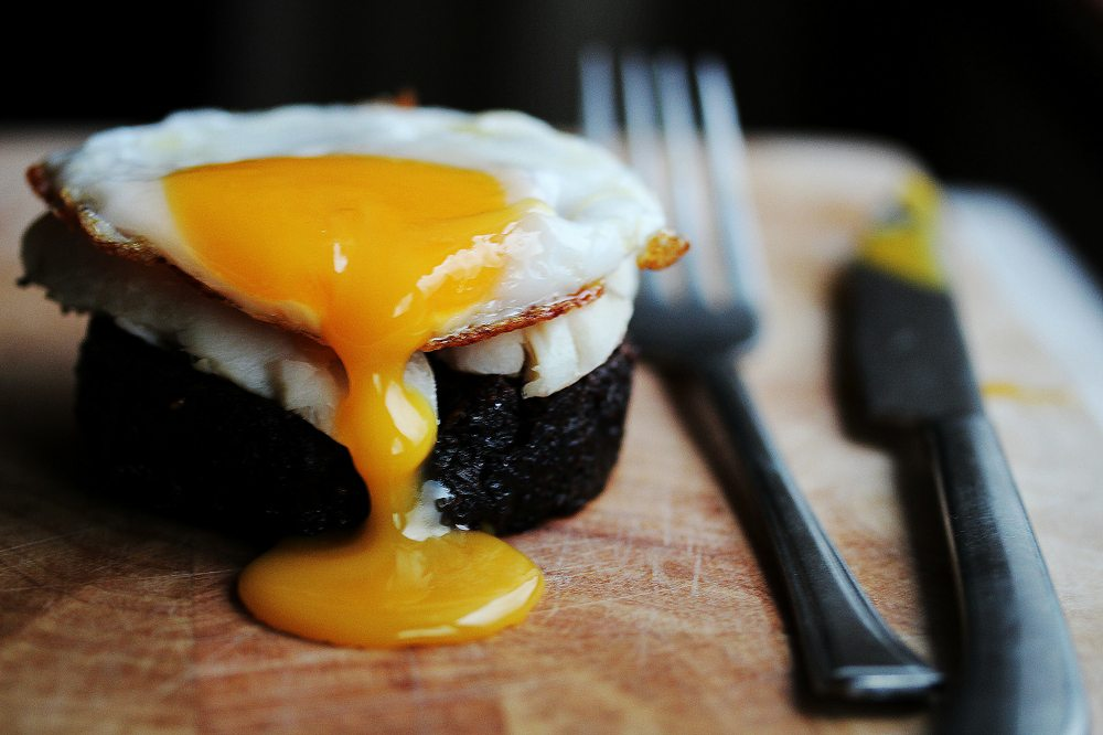 Black Pudding with Duck Egg by CountryWoodSmoke.com
