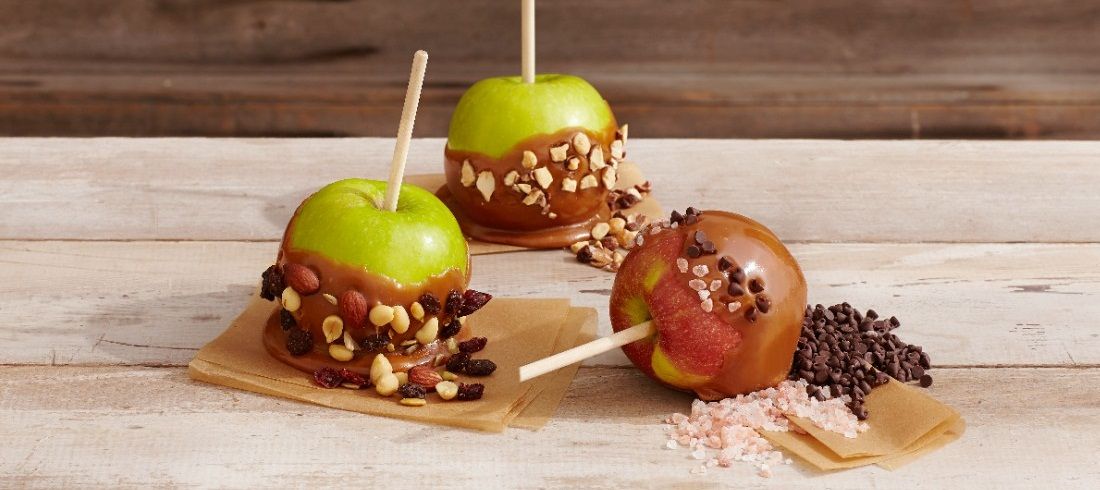 dipped-apples-various-toppings