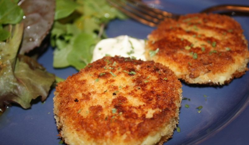 Thanksgiving Leftovers: Mashed Potato Cakes by Gourmet Veggie Mama