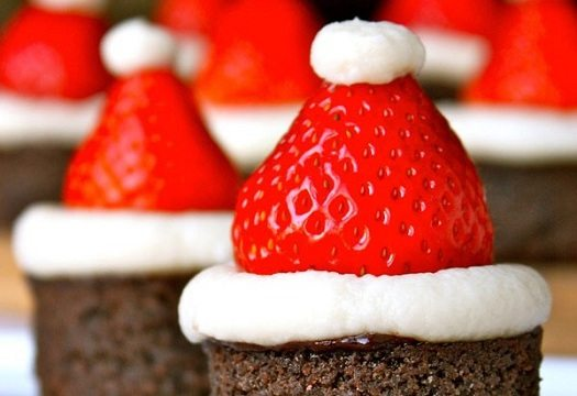 santa hat brownies blog20131205