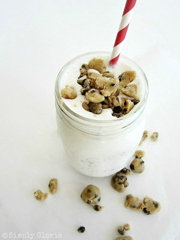 Cookie-Dough-Vanilla-Milk-Shake-SimplyGloria.com-Made-with-cookie-dough-from-scratch