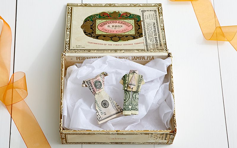 Creative Ways to Gift Cash for a Wedding | Origami Bride & Groom