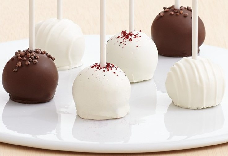 Chocolate, Vanilla, & Red Velvet Cake Pops