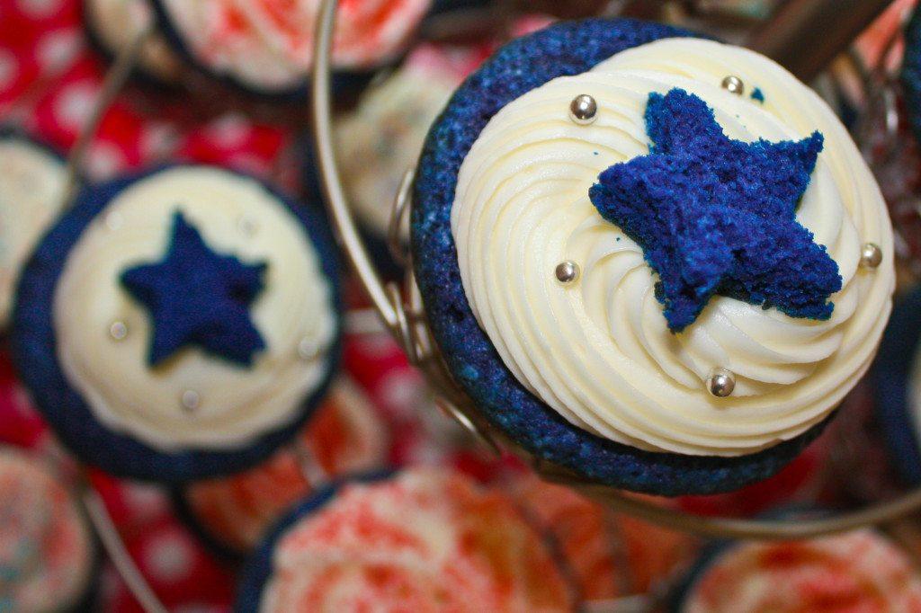 Red, White and Blue Velvet Cupcakes