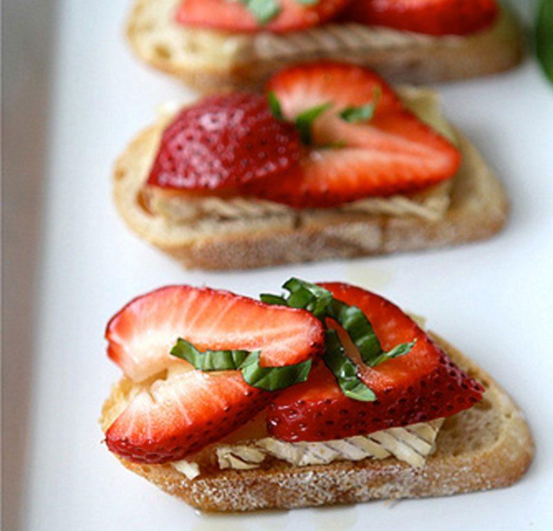 Strawberry and Basil Crostini