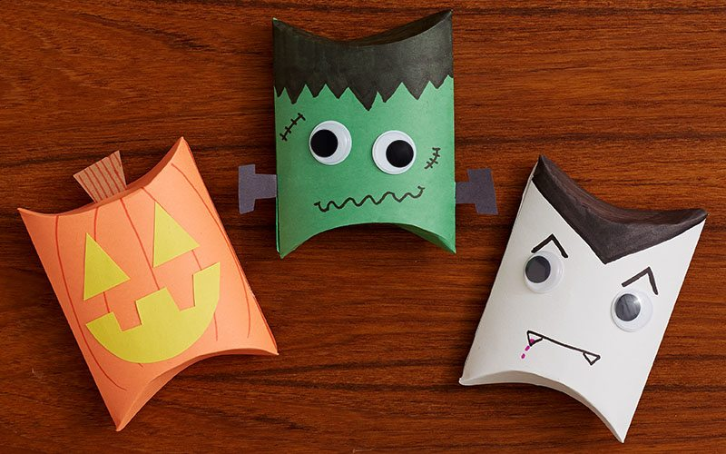 DIY: Halloween Treat Boxes