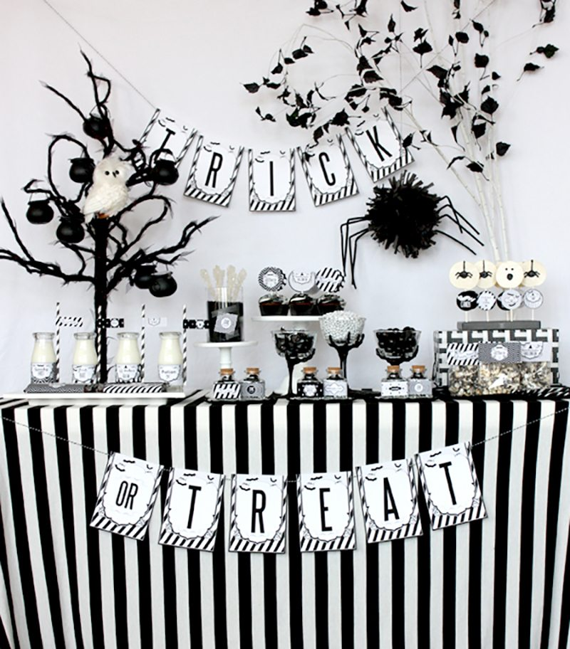 black-and-white-halloween