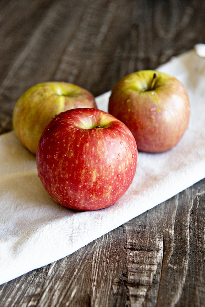 Caramel Apple Bundt Cake With Caramel Glaze | Shari's Berries Blog