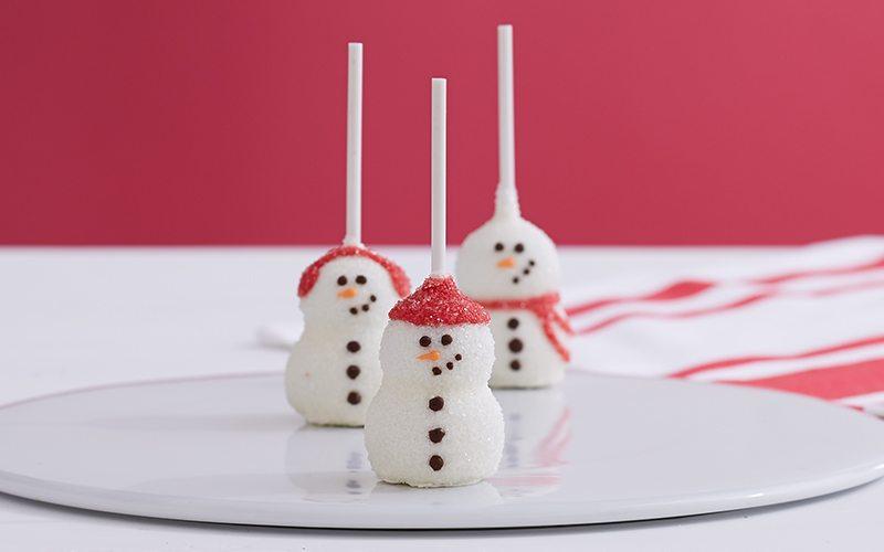 sharis snowmen brownie pops