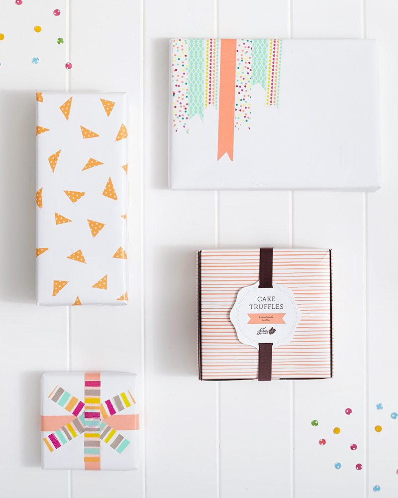 Spring Washi Tape Gift Wrapping: Jazz up plain paper