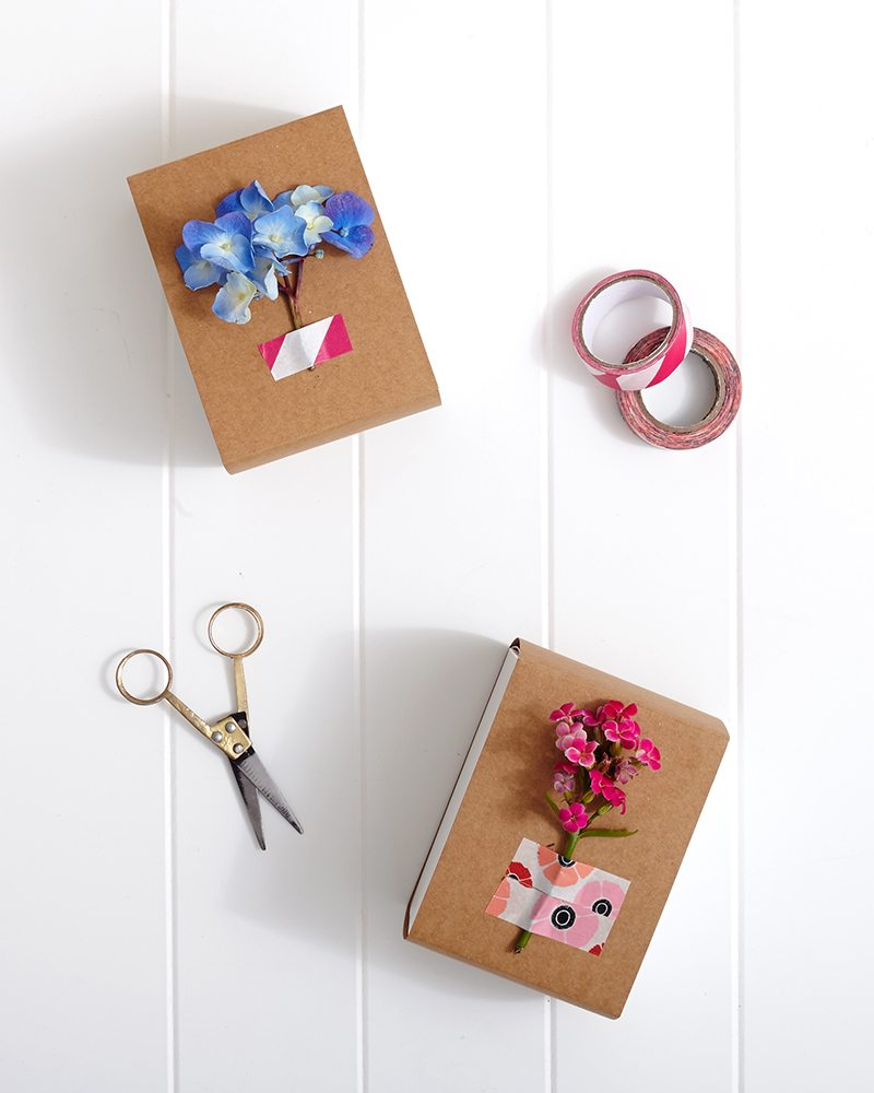 Spring Washi Tape Gift Wrapping: Add fresh flowers