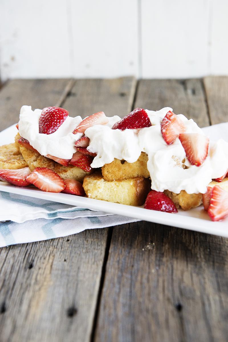 Toasted Pound Cake & Balsamic Strawberries Recipe - Shari ...