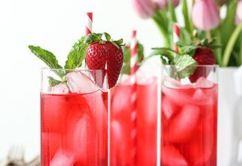 Hibiscus Iced Tea Cooler