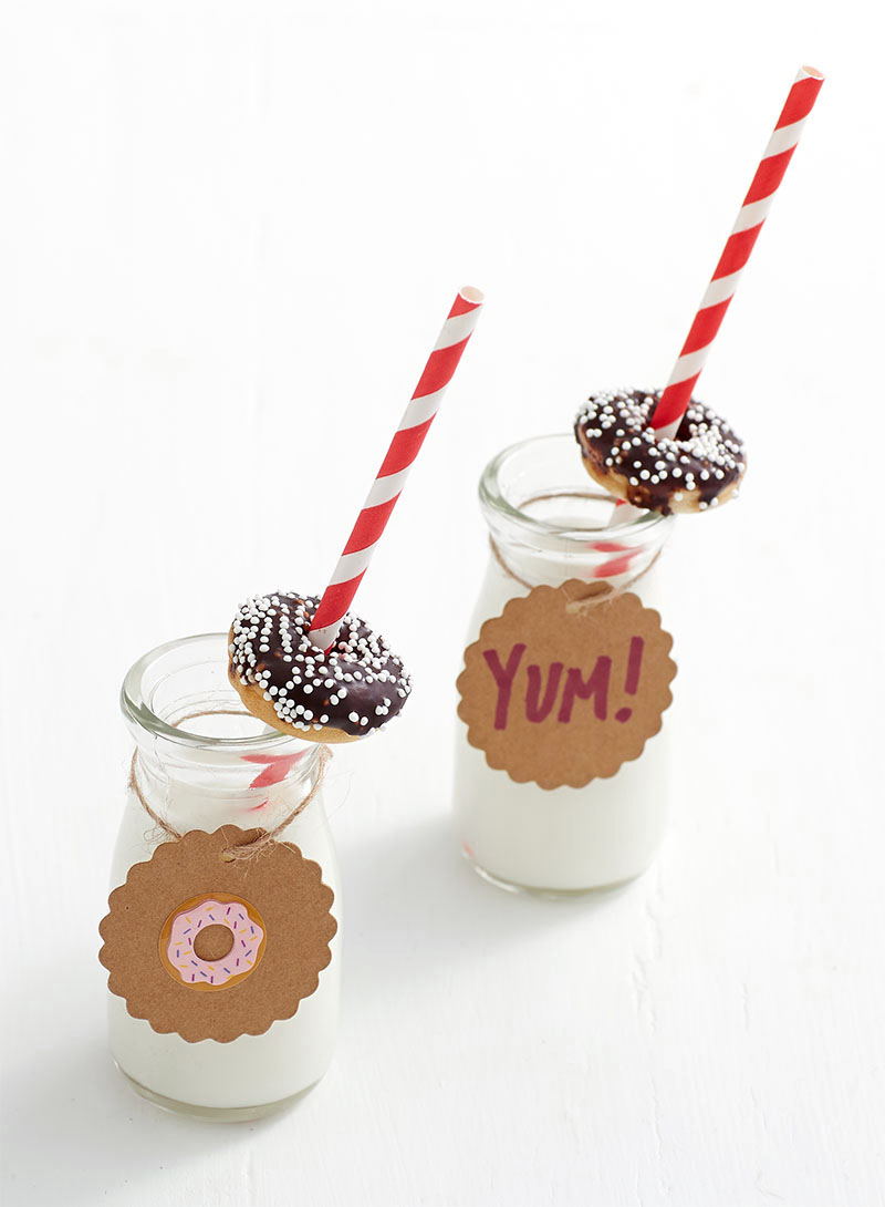 Mini Milk Jugs with Paper Straws and Scalloped Paper Tags
