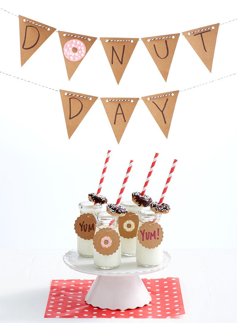 Mini Chocolate-Covered Strawberry Donuts