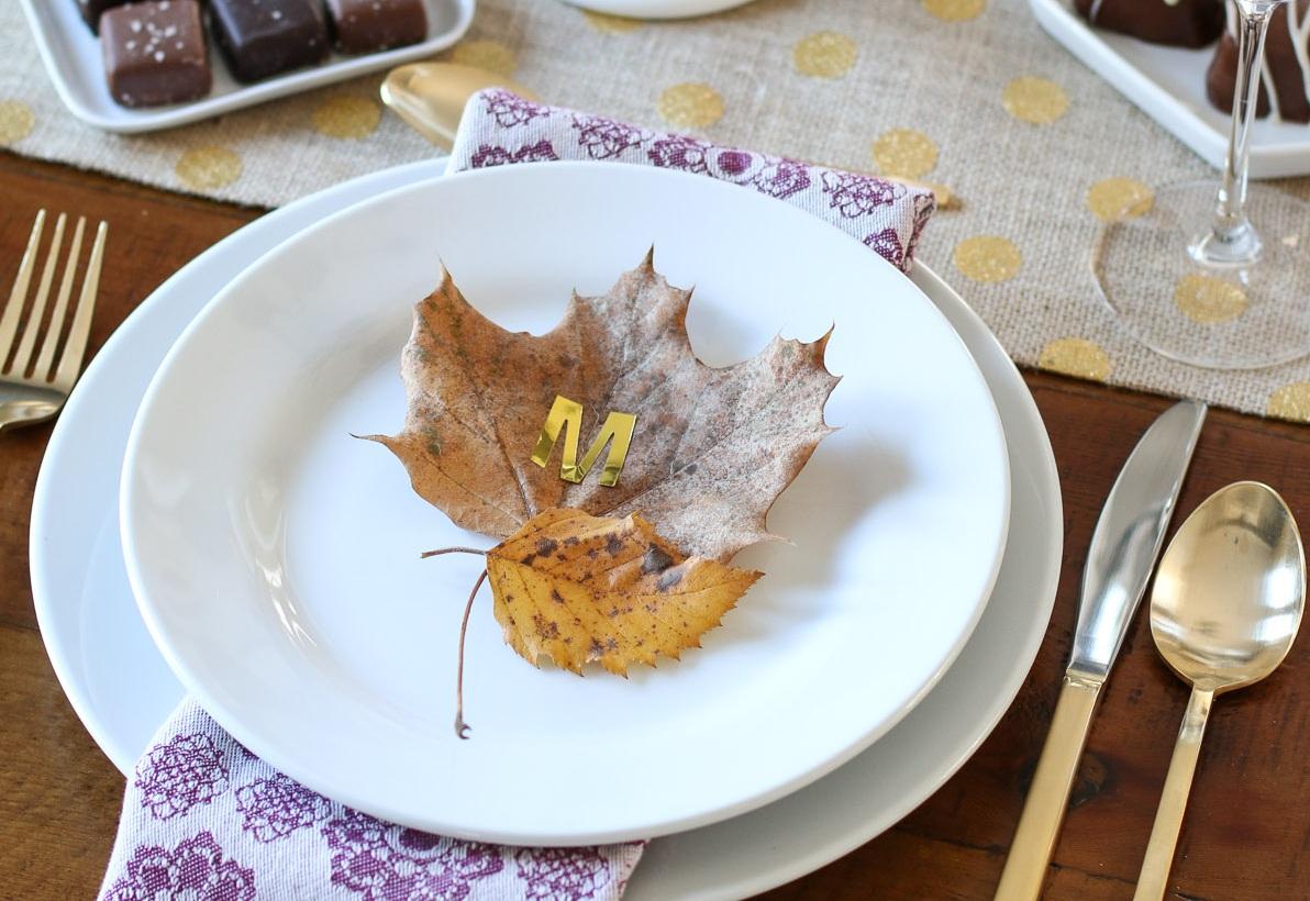 gold leaf initial thumb