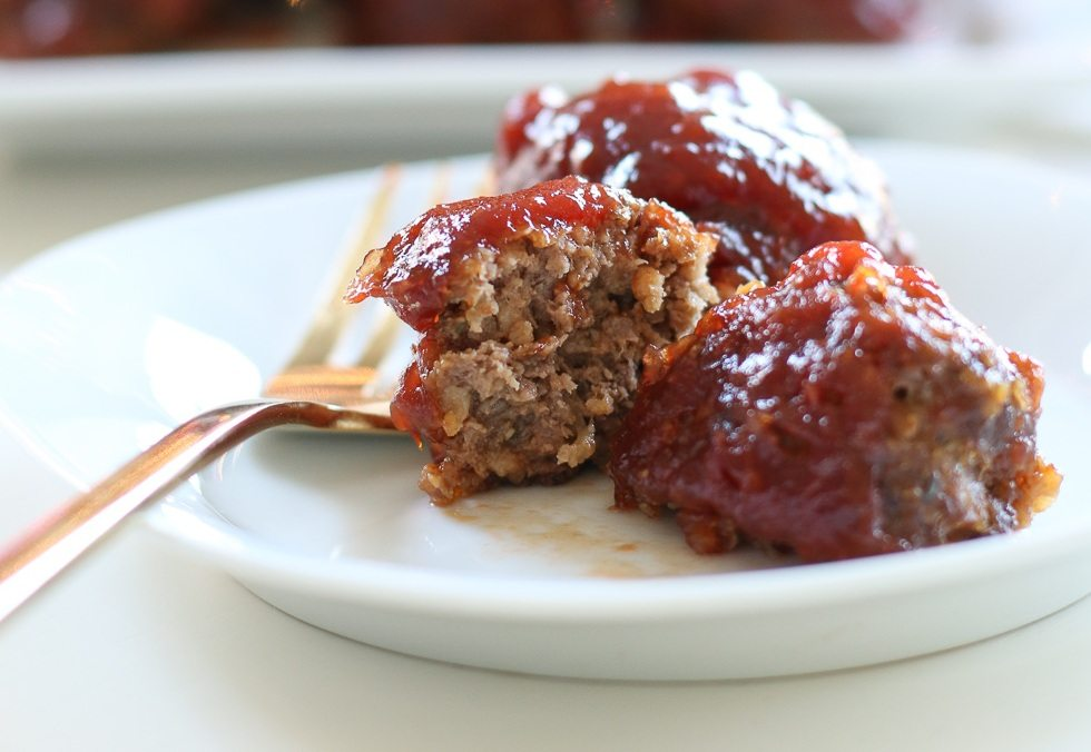 fork and meatballs on a plate thumb