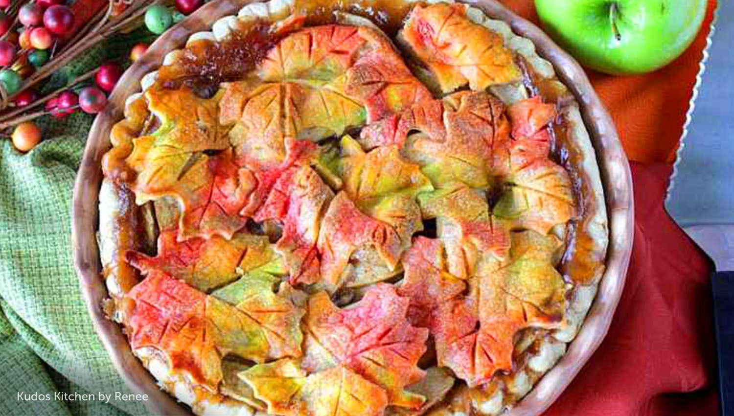 sb-50-thanksgiving-autumn-leaves-apple-pie