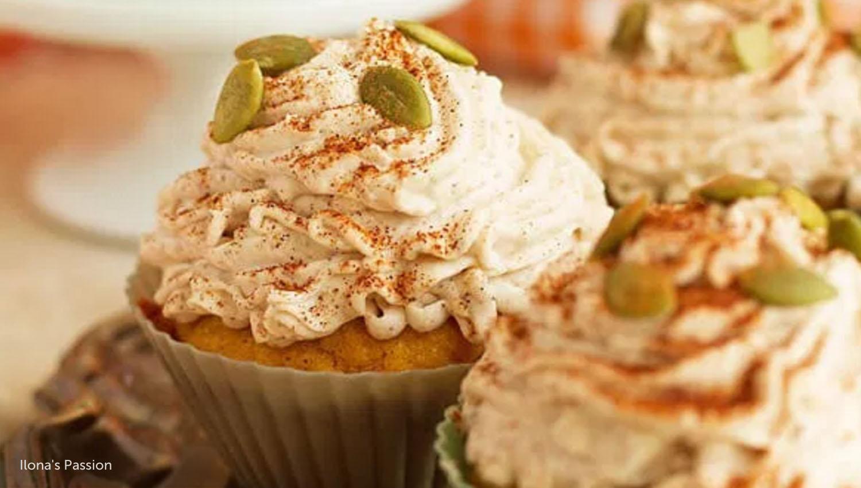 sb-50-thanksgiving-pumpkin-cupcakes-w-cinnamon-frosting