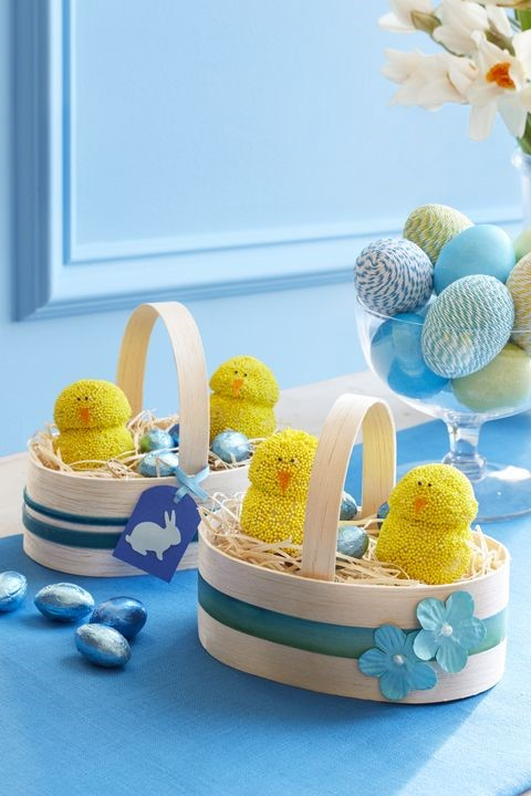 easter chick donuts